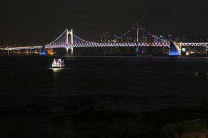 BE-DP-LK4-Diamond_Bridge_Busan-Schmid_Mathias.jpg