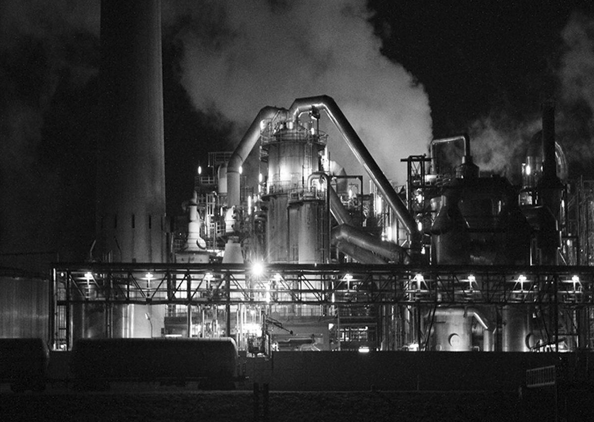 BE-SF-LK5-Industrieanlage_am_Rhein-Zurbruegg_Urs.jpg