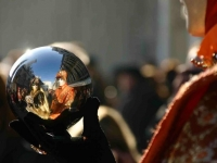 FB-P_1701_460607-Karneval_in_der_Kugel-Wiederkehr_Tiziana-LZ